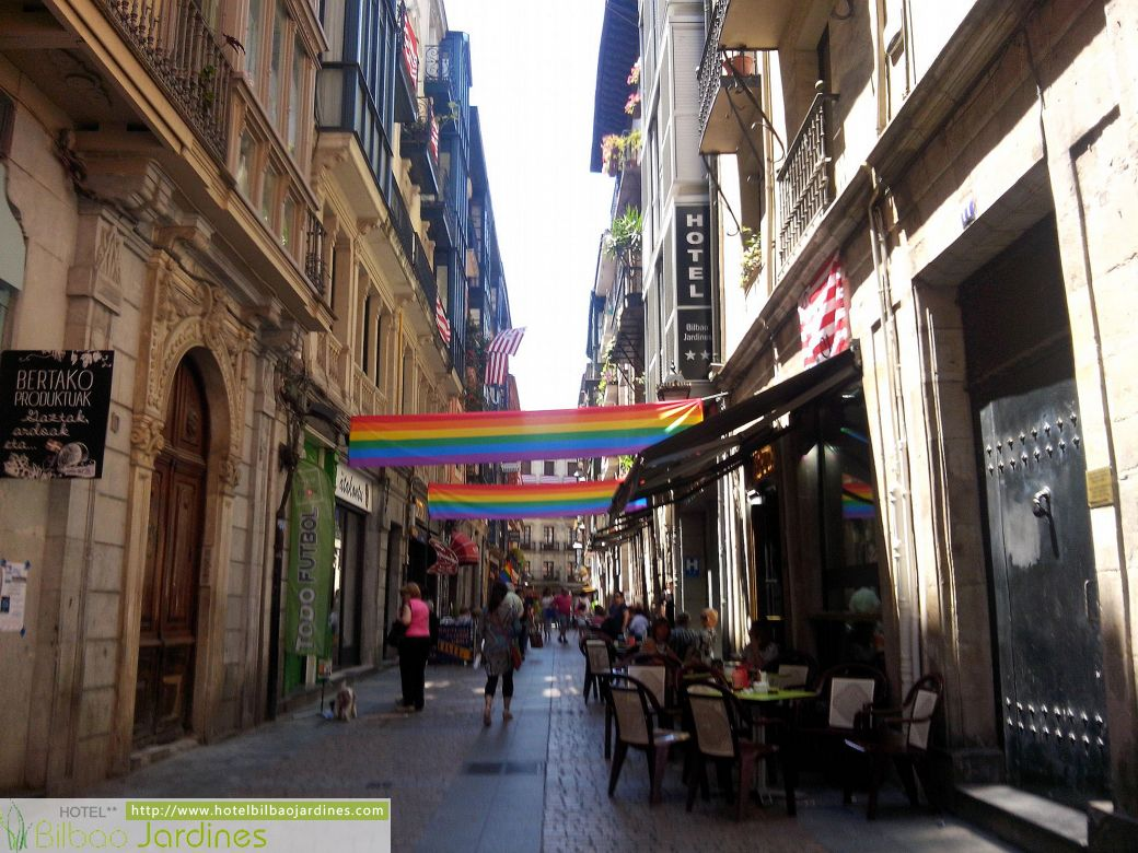 Bilbao cuidad de orgullo desde el hotel bilbao jardines for Jardines de bilbao